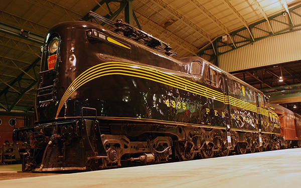 the gg-1: the most successful electric locomotive ever built